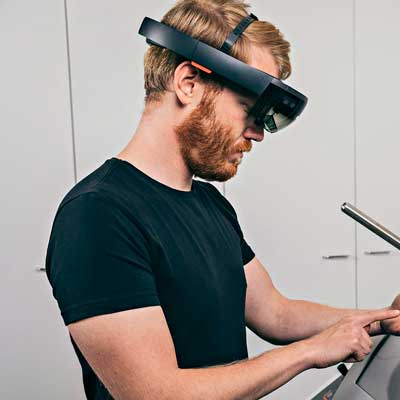AR instructions on HoloLens