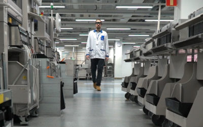 Lonely operator, production line, smartglasses