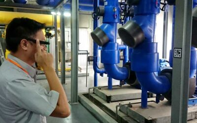 real-time data with smartglasses for a worker